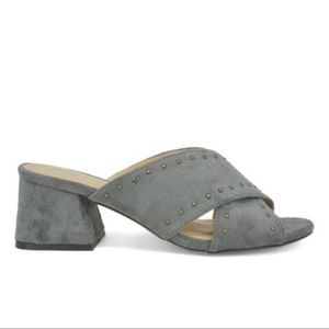 NEW Chase & Chloe  BLOCK HEEL SLIDE SANDAL GRAY